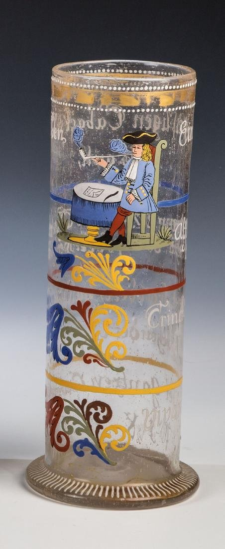 Stangenglas mit Pfeifenraucher