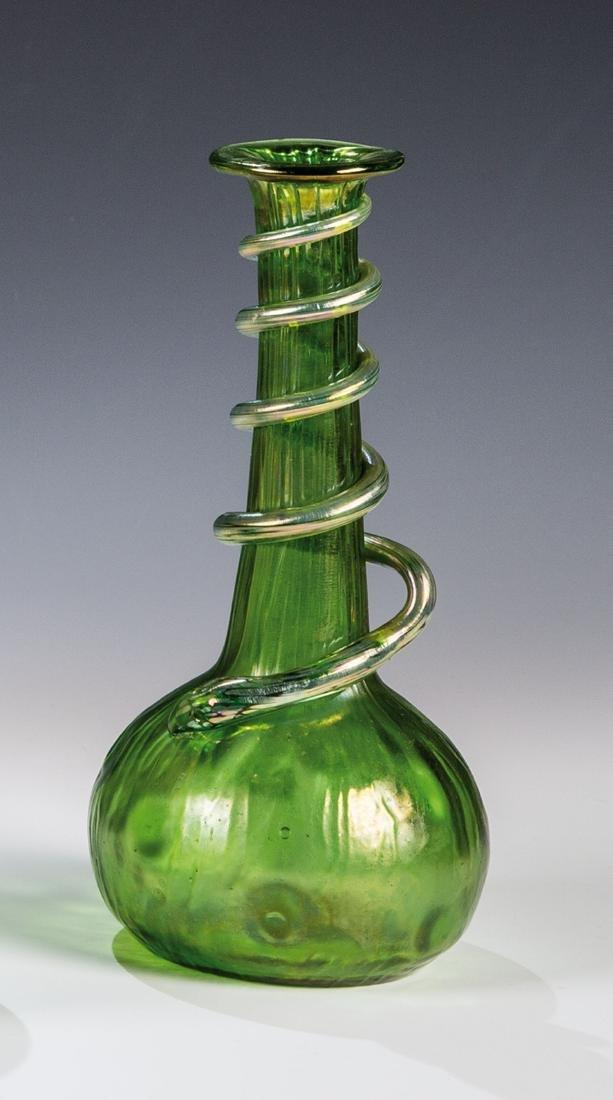 Vase ''Creta Rusticana mit Schlange''