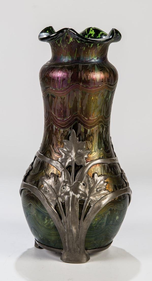 Vase mit Zinnmontage