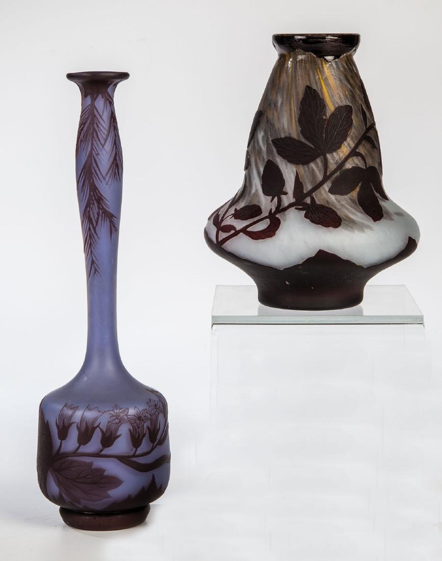 Zwei kleine Vasen