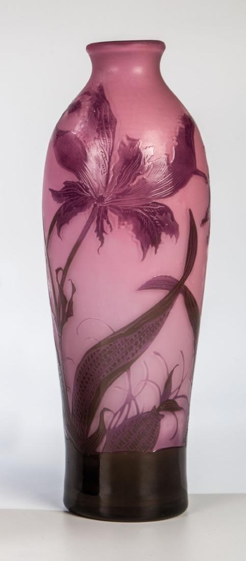 Vase mit Papageientulpe