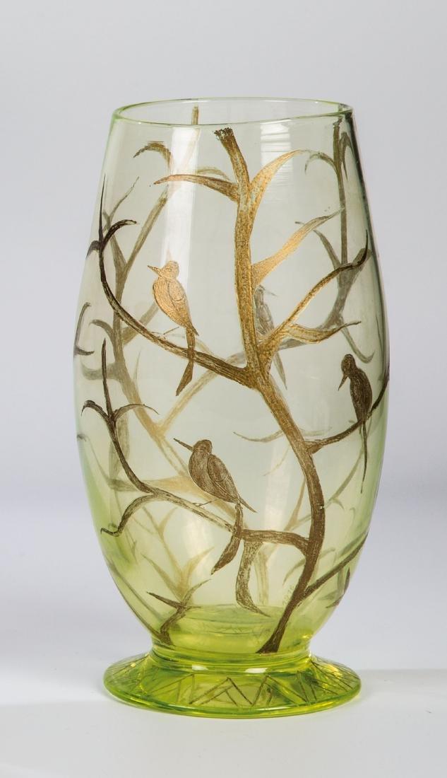 Uranglas-Vase mit Vogeldekor