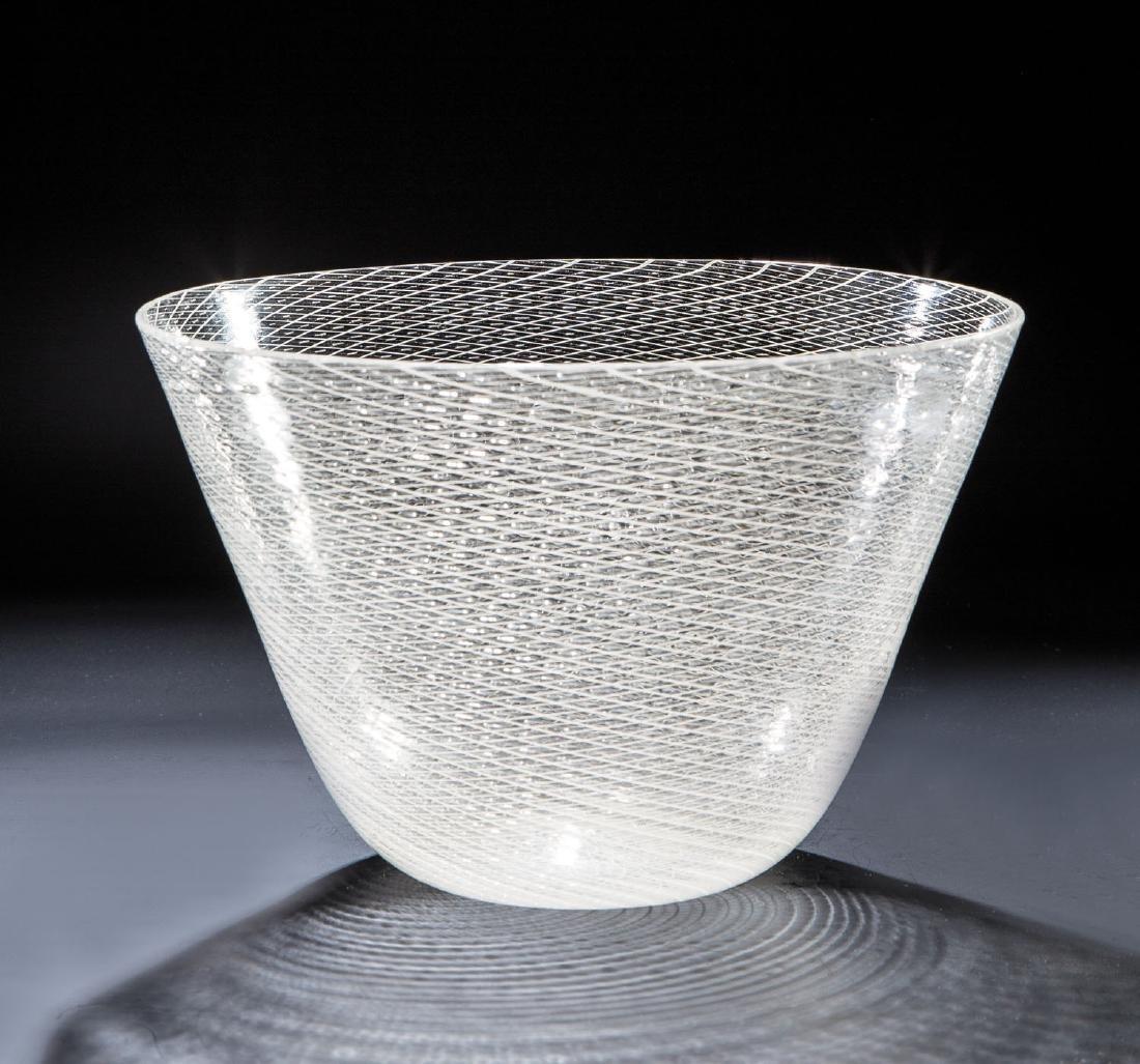 Vase ''Reticello''