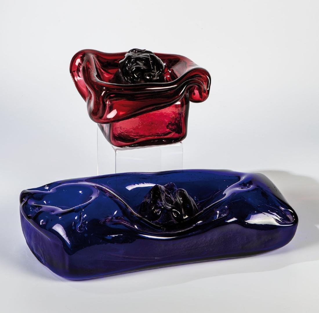 Zwei Objekte ''Blue & Red Rose''