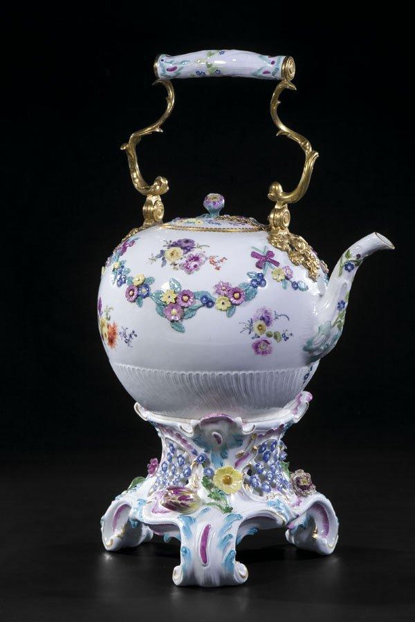 14: Teekessel Meissen Teapot Porcelain