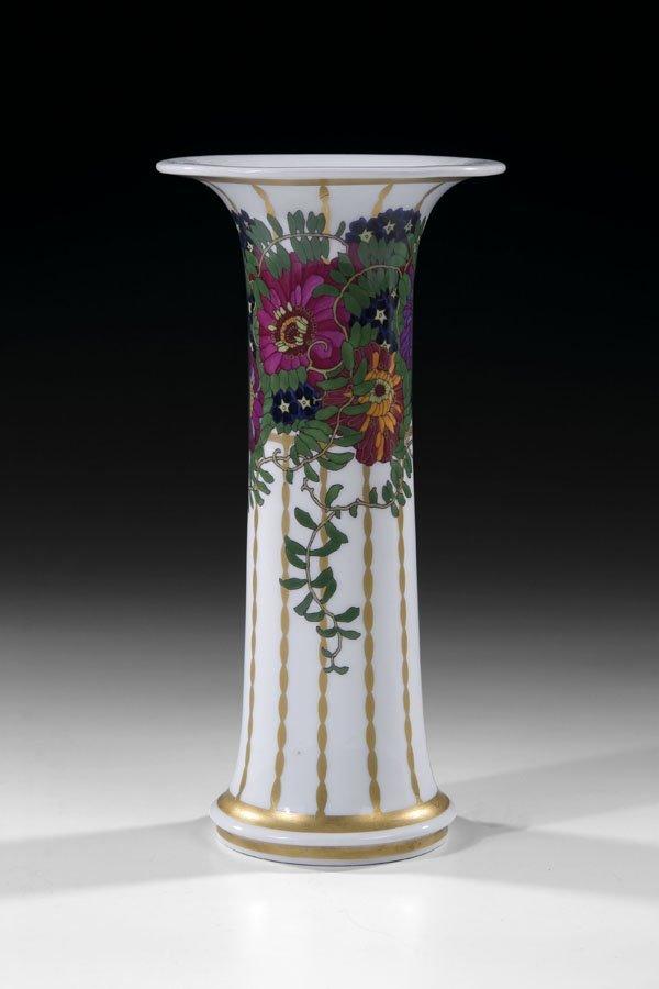 62A: Vase KPM Schroeder stanke Porcelain