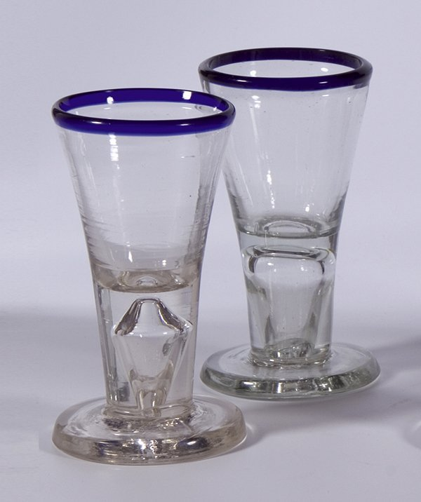 21: 2 Schnapsglaeser Blaurand Liquor glasses German