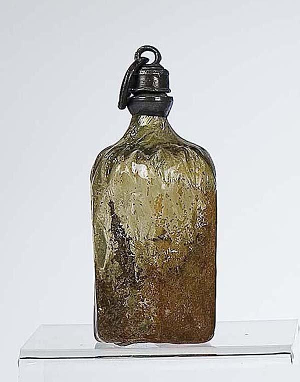 2: Flasche Bodenfund German Glass Bottle Attic find