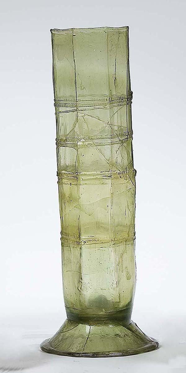 4: Stangenglas Bodenfund German Glass Beaker find