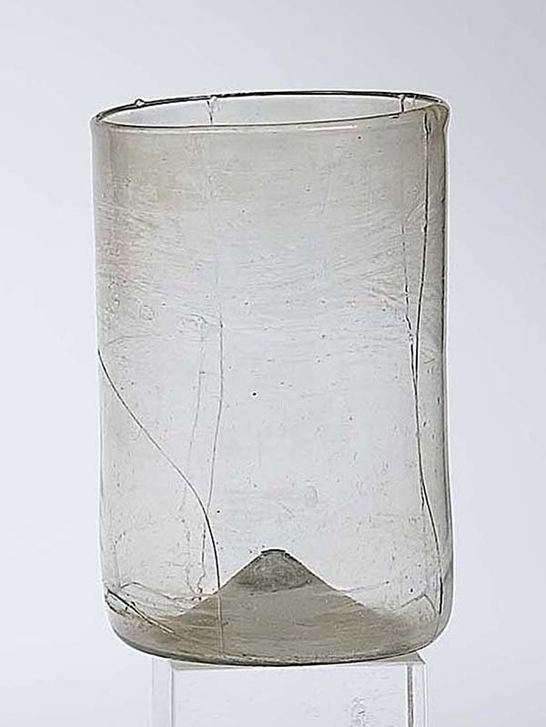 11: Becher Facon De Venise Glass Beaker Attic Find