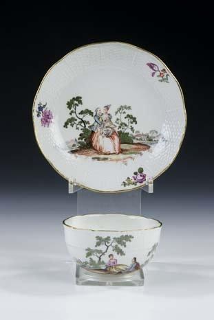 12: Tasse Untertasse Meissen Porcelain Cup Saucer