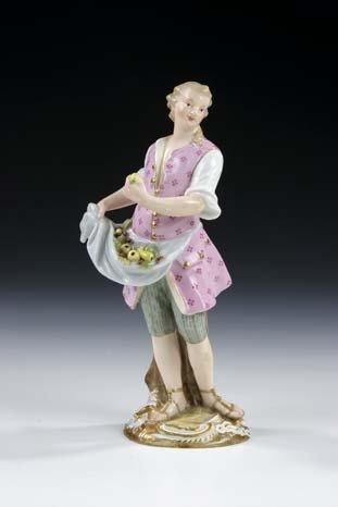 13: Cris de Paris Meissen Porcelain Fruit vendor Old