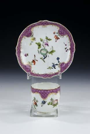 18: Tasse Untertasse Vienna Porcelain Cup Saucer