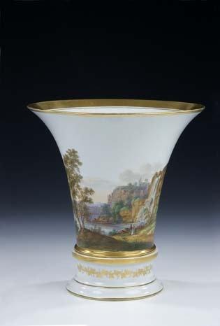 24: Vase Fuerstenberg German Porcelain Vintage