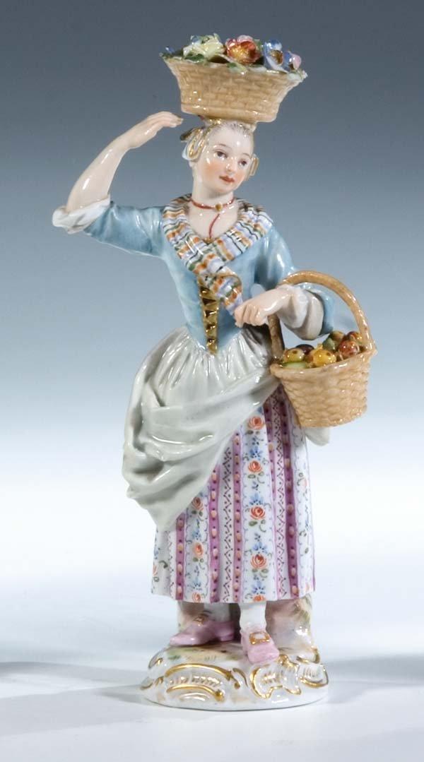 9:  Gaertnerin Porzellan Meissen Porcelain Gardener