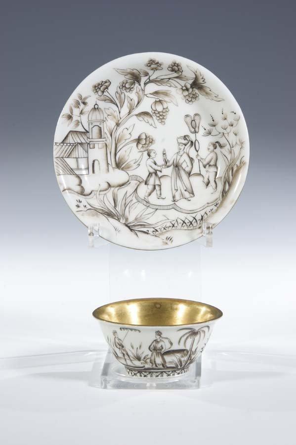 18:  Koppchen Meissen Porzellan Porcelain Cup Saucer