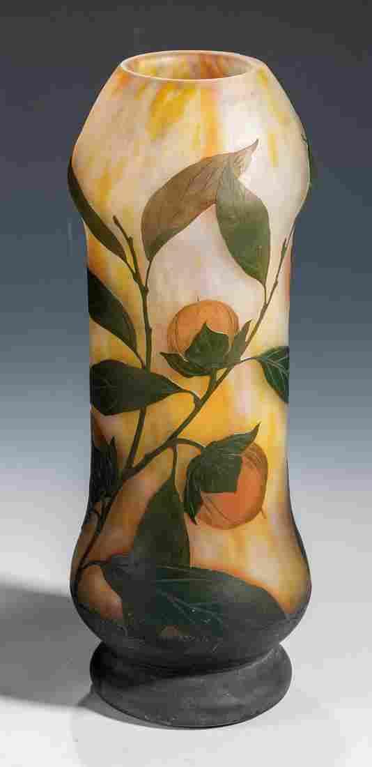 Vase mit Elsbeere