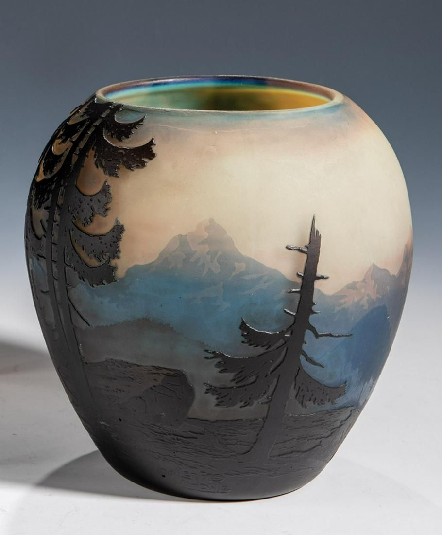 Vase mit Alpenlandschaft