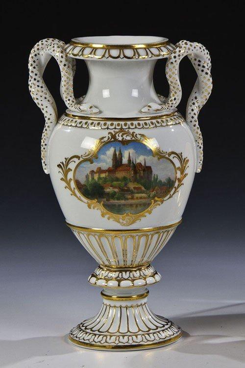 12: Schlangenhenkel - Vase mit Ansicht der Albrechtsbur