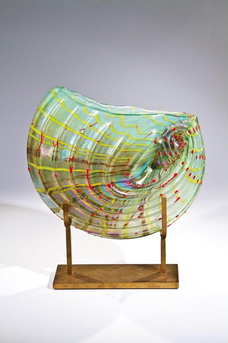 651: Nautilus-Vase