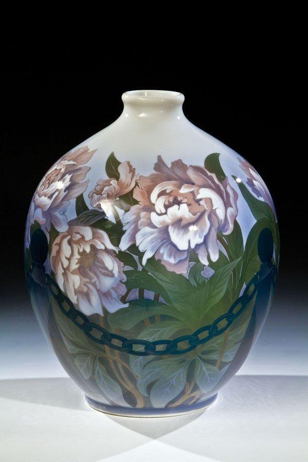 86: Große Vase mit Pfingstrosen