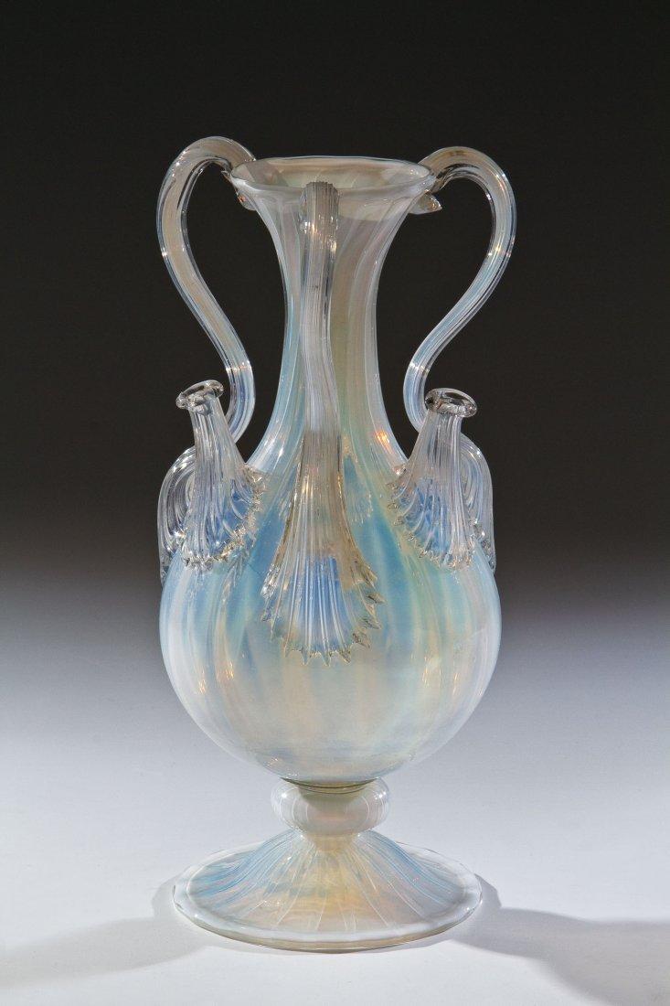 24: Vase