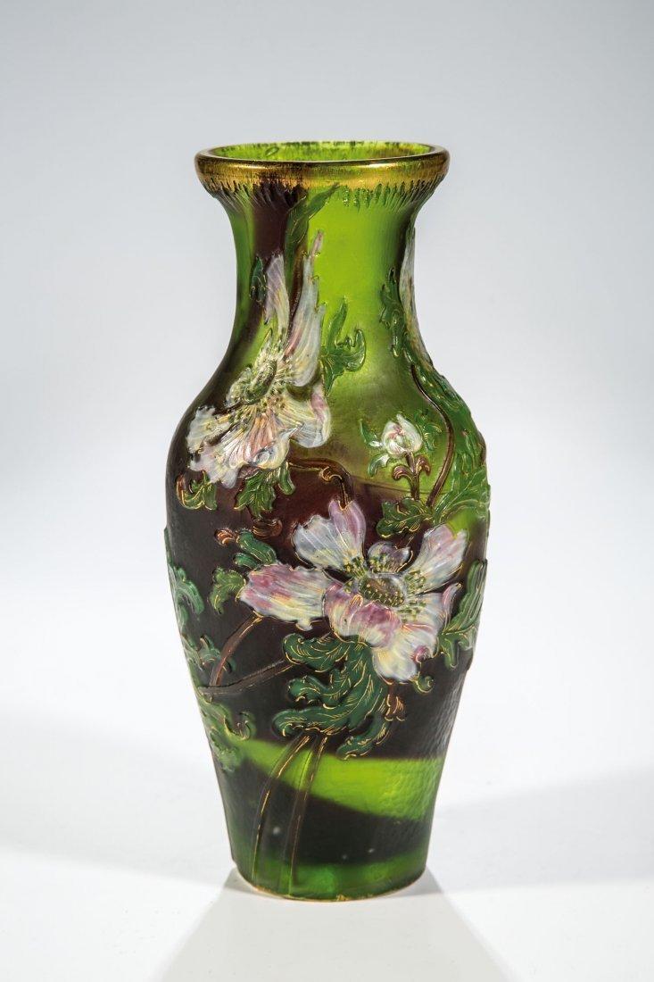 Bedeutende Vase mit Anemone
