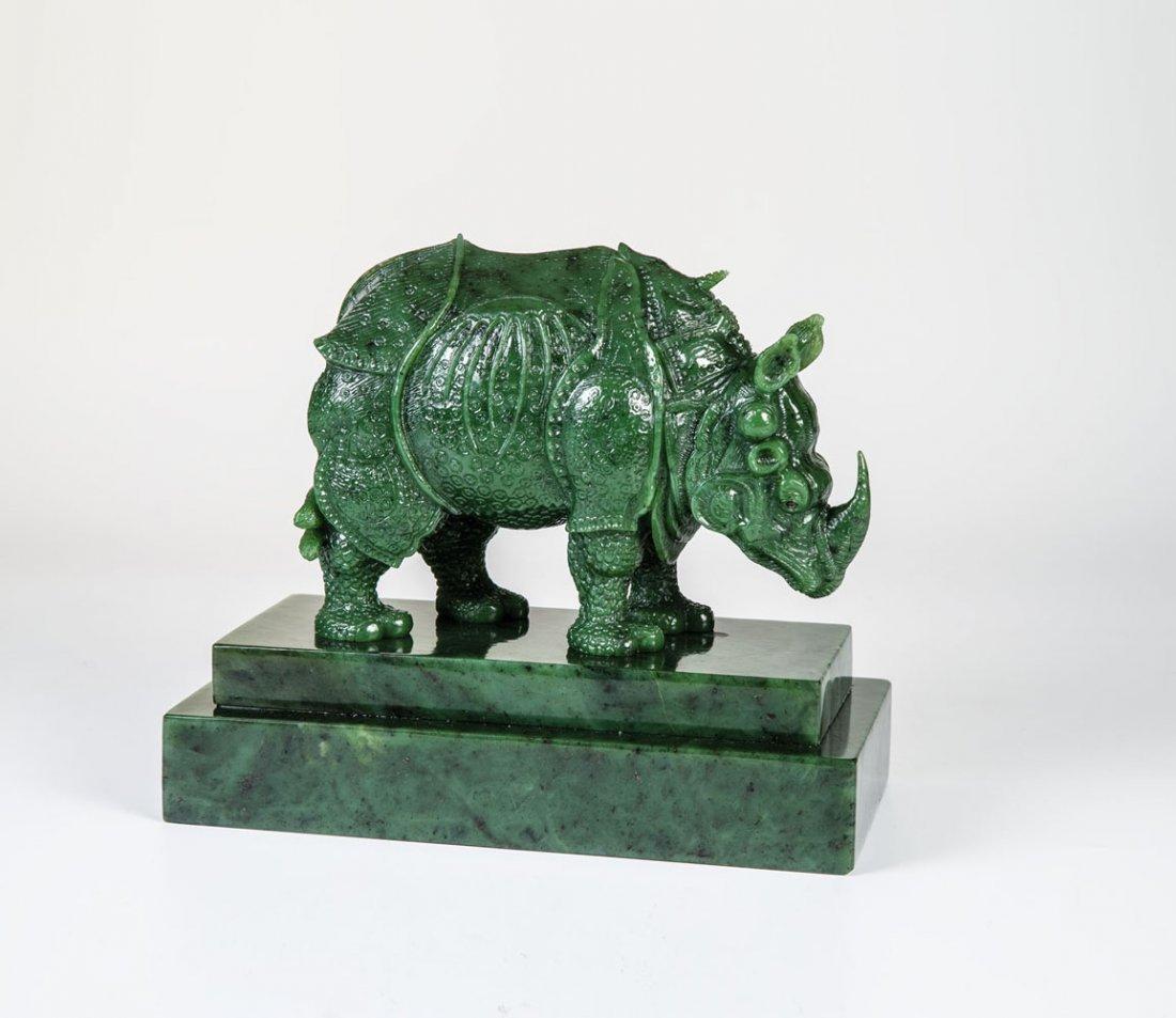 Seltene und außergewöhnliche Figur eines Nashorns
