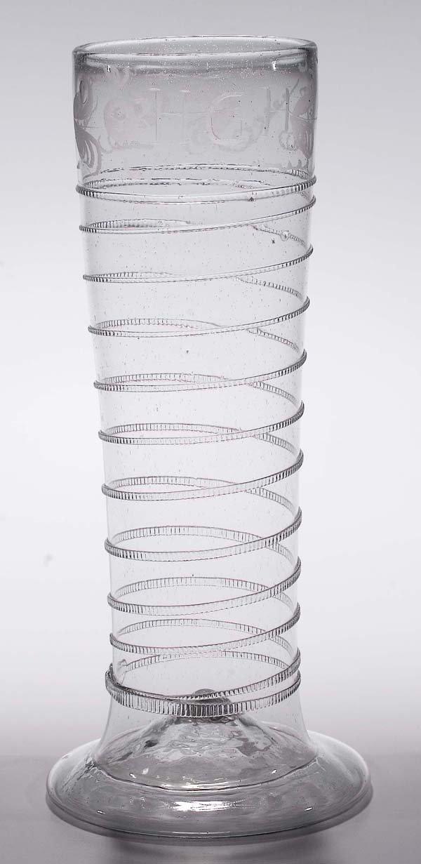1018: Bandwurmglas (Schlangenglas)