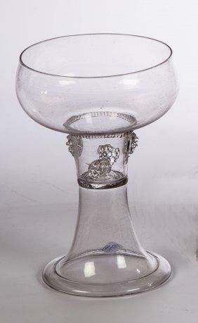 Römer aus farblosem Glas