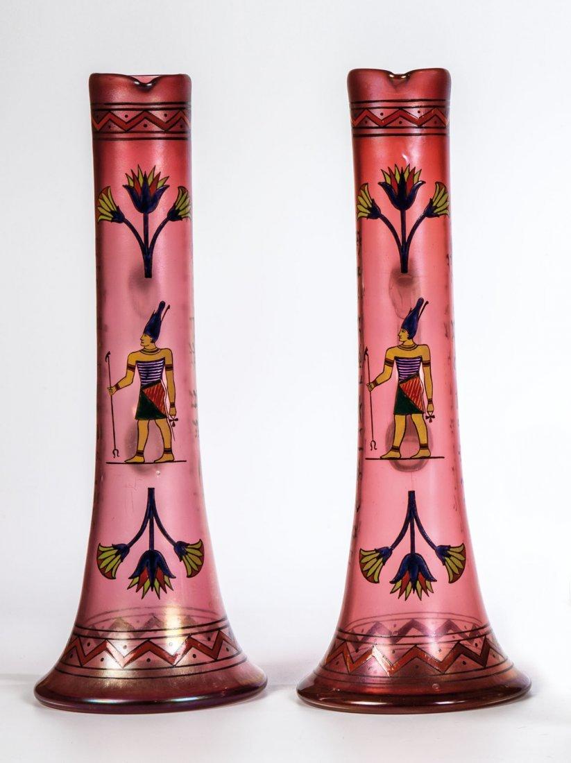 Paar Krüge mit altägyptischem Dekor