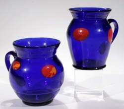 17: Zwei Henkeltassen - two glass cups with handle