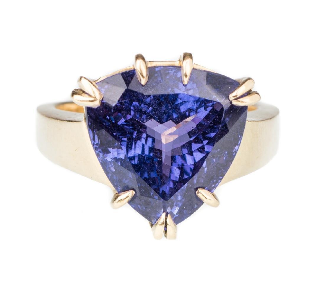 18K Tanzanite Fashion Ring