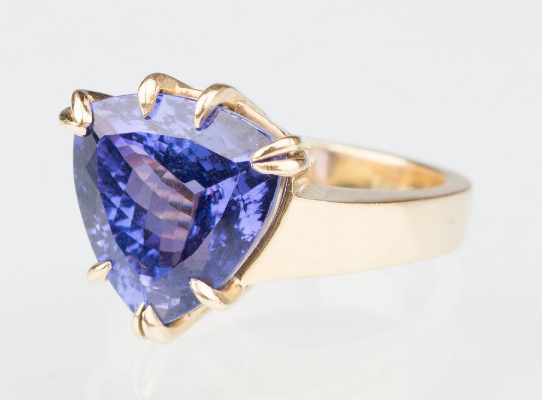 18K Tanzanite Fashion Ring - 3