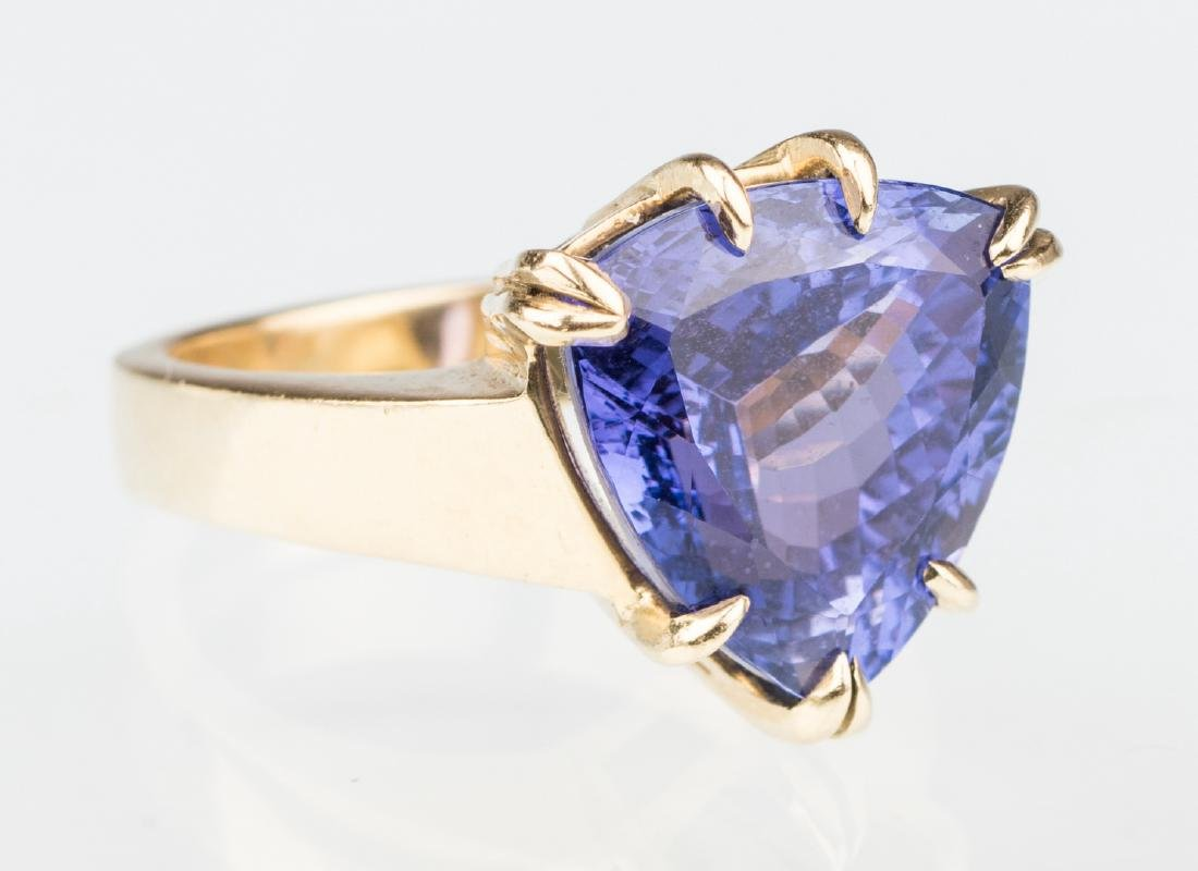 18K Tanzanite Fashion Ring - 4