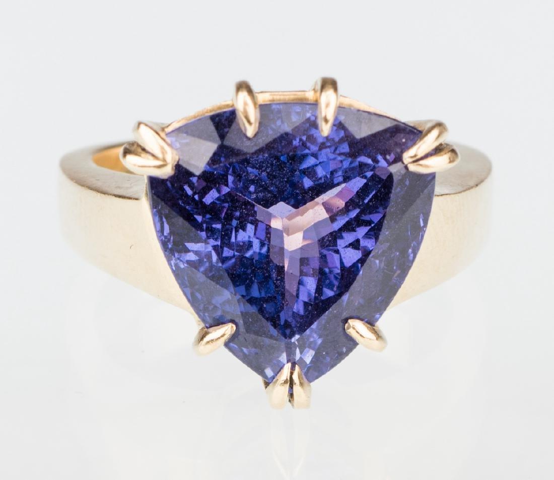 18K Tanzanite Fashion Ring - 8