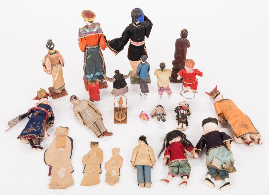 16 Vintage Chinese Dolls, Accessories & Carvings, 17 - 6