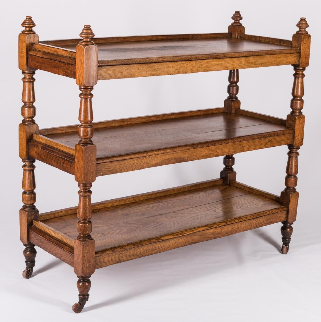 English Oak 3-Tiered Etagere, 19th c. - 3