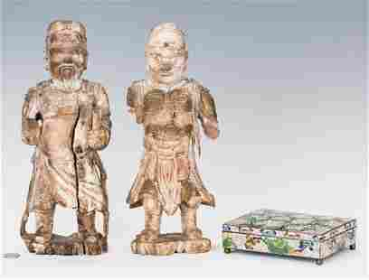 Chinese Cloisonne Box 2 Carved Warrior Figures