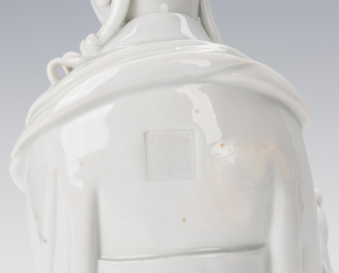 Blanc de Chine Porcelain Quan Yin Figure - 9