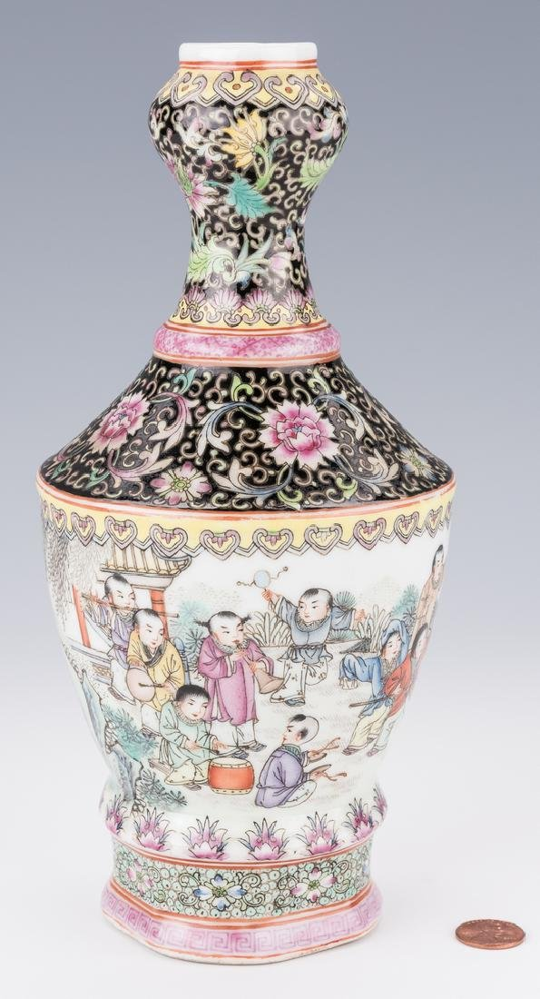 Famille Rose Garlic Head Bottle Vase