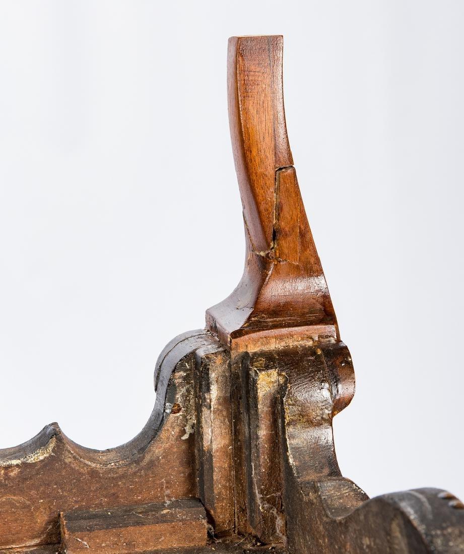 Kentucky Walnut Bandy Leg Chest - 16