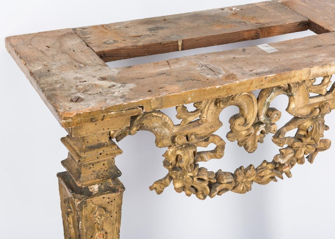 Carved Italian Giltwood Pier Table - 8
