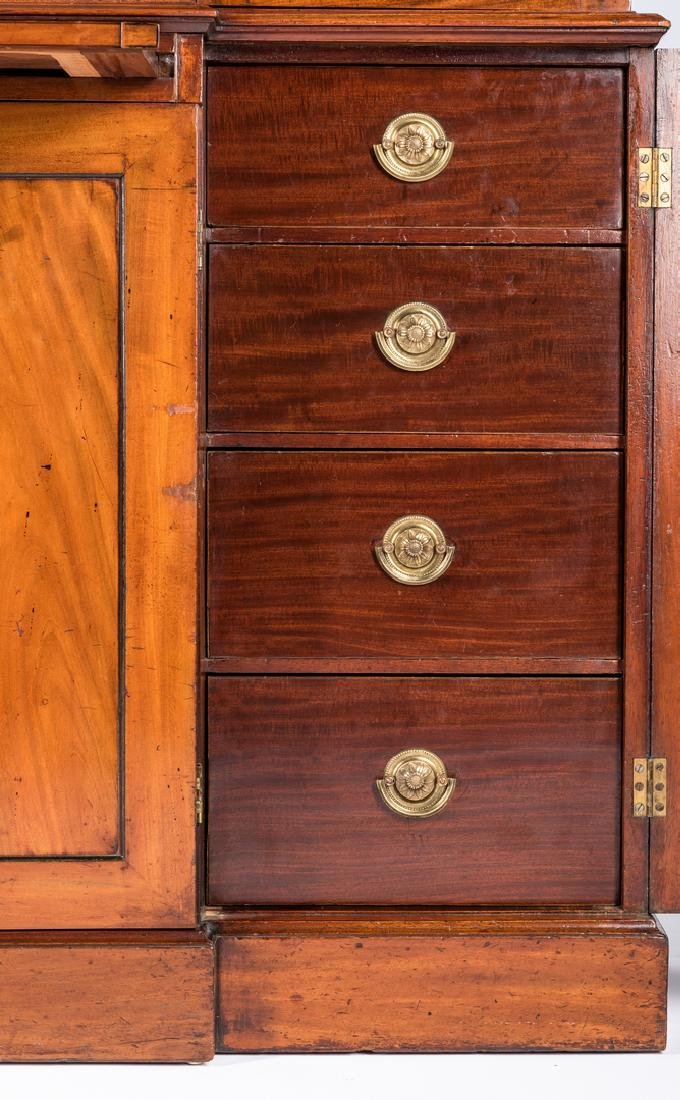 Diminutive Regency Breakfront Bookcase - 9