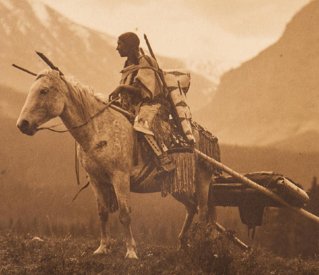 Roland Reed Indian photograph, Waiting for the Hunters - 9