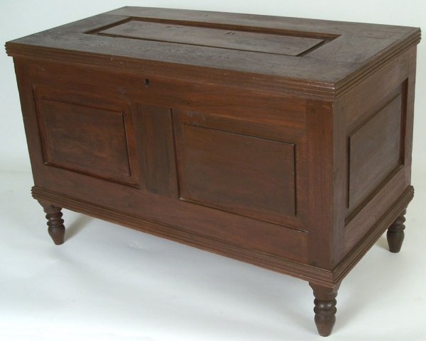 9: Tennessee small paneled chest, Knox. Co.