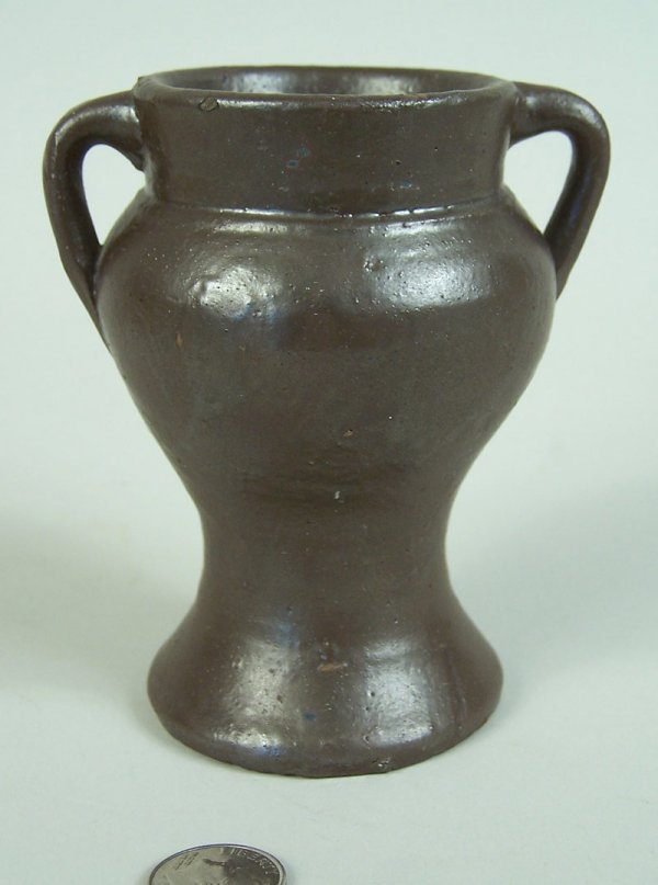 15: Middle Tennessee miniature urn, Putnam County