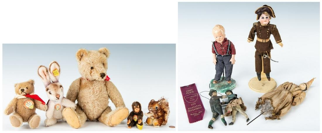 Group of 9 Vintage Toys, Stuffed Animals & Dolls