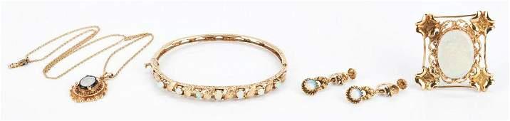 Ladies 14K Gold  Opal Jewelry 5 Piece Set