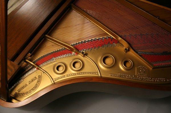 102: 1925 Steinway Baby Grand Piano, Model M - 10